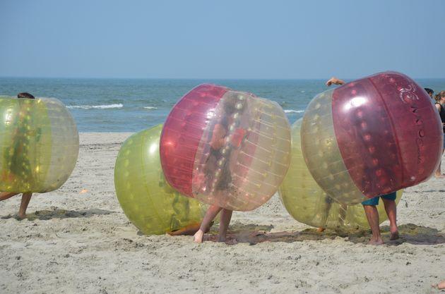 bubbels-voetbal-zee