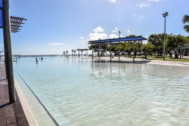cairns-esplanade-lagoon