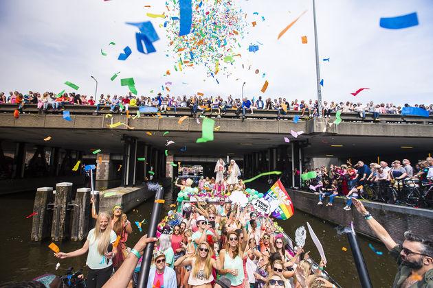 canal-parade