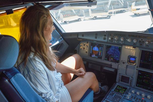 carlissa-cockpit-easyjet