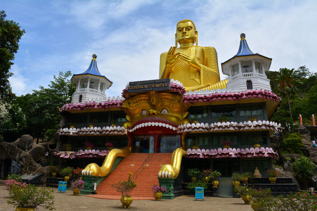 cave-tempel-sri-lanka