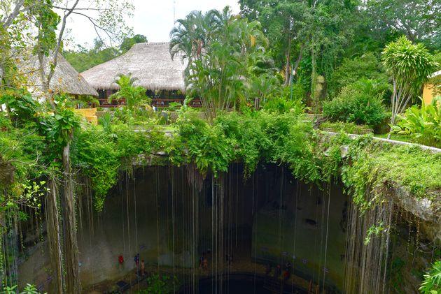 cenote-ik-kil-mexico