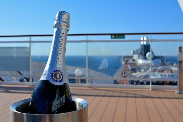 champagne-cruisen