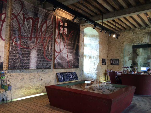 Chateau_de_Bauge_2
