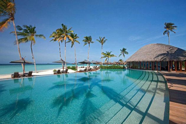 Constance-Halaveli-Resort