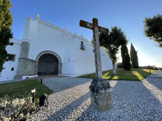 Convento do Espinheiro hotel