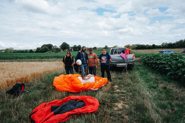 crew-paragliden
