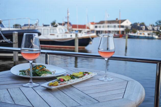 diner-houseboat-grou