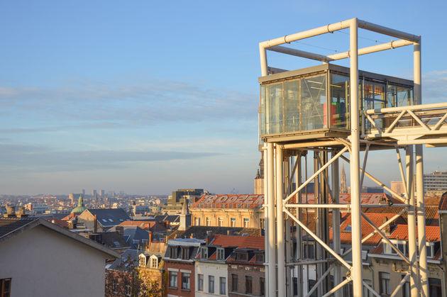 doen-brussel-Lift-uitzicht