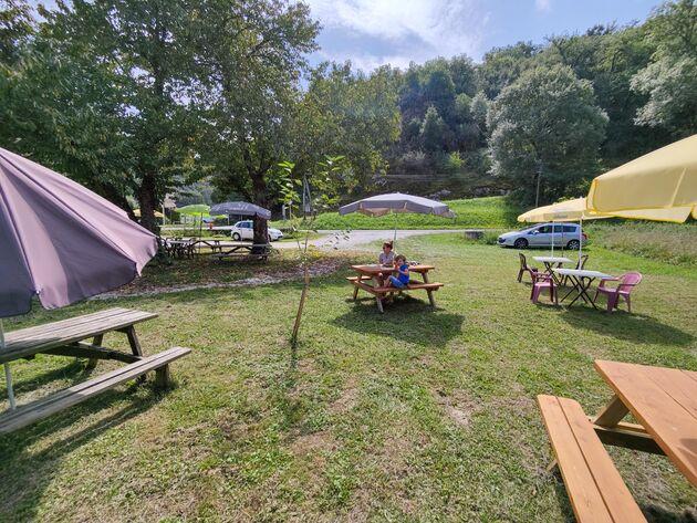 Domaine-des-Mathevies-kamperen