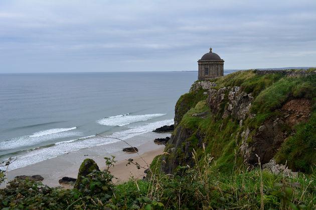Downhill-Beach-temple