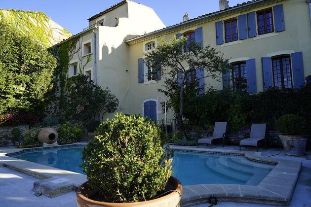 Hostellerie_Le_Beffroi_garden