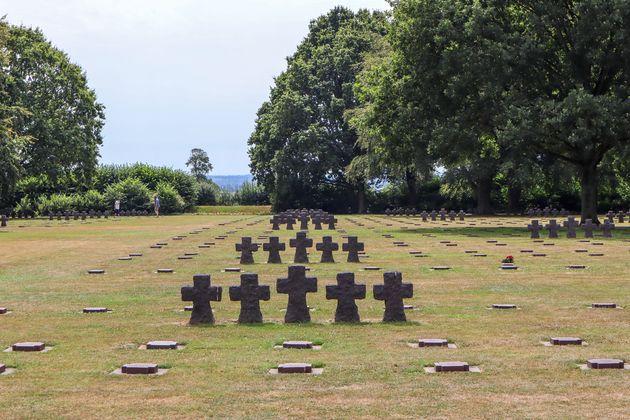 Duitse-begraafplaats-normandie