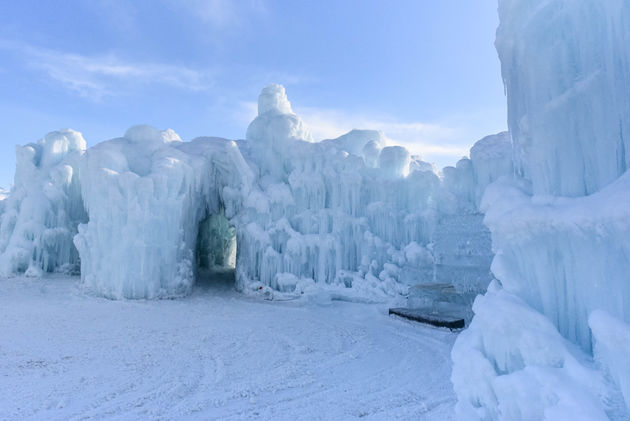 edmonton-ice-castles-troon