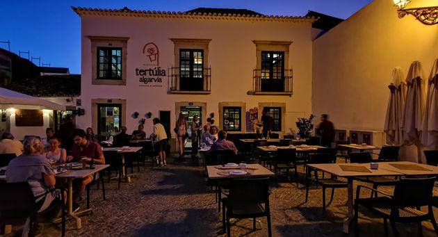 Faro_by_night