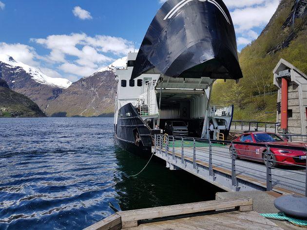 Ferry_Geirangerfjord