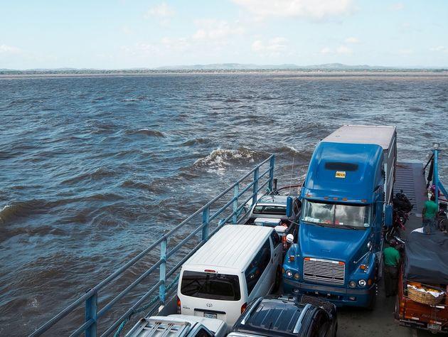 Ferry naar Ometepe Nicaragua