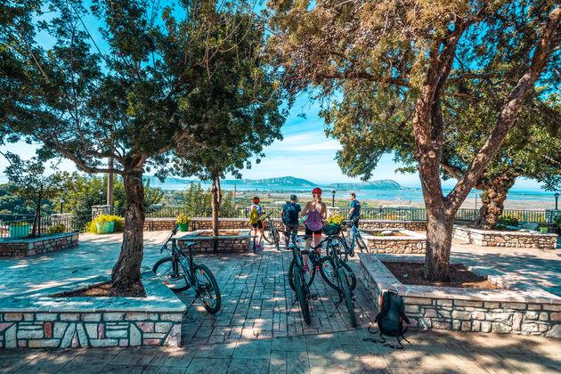 Uitzicht Ionische Zee Messinië Jeroboam Kalamata Gravel Challenge