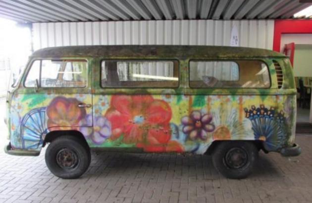 flower-power-bus