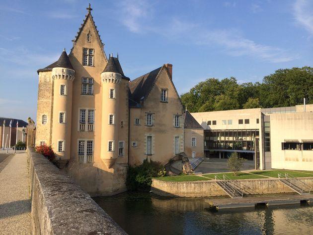 La_Fleche_Hotel_de_Ville