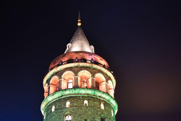galatatoren-istanbul-avond