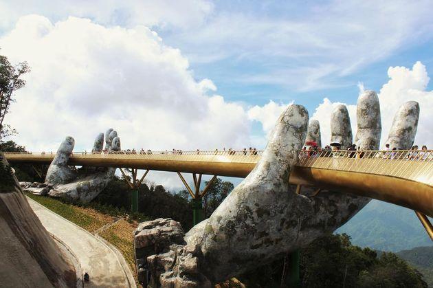 golden-bridge-da-nang