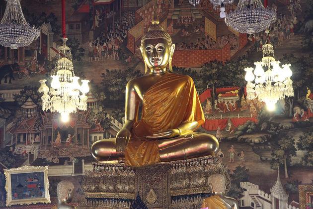 Gouden Boeddhabeeld in Wat Arun