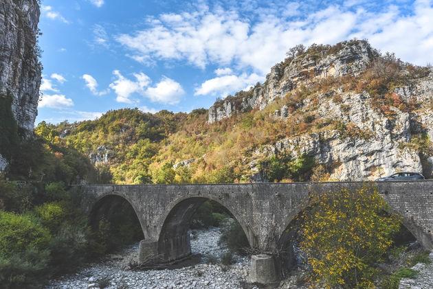 griekenland-steneb-bruggen