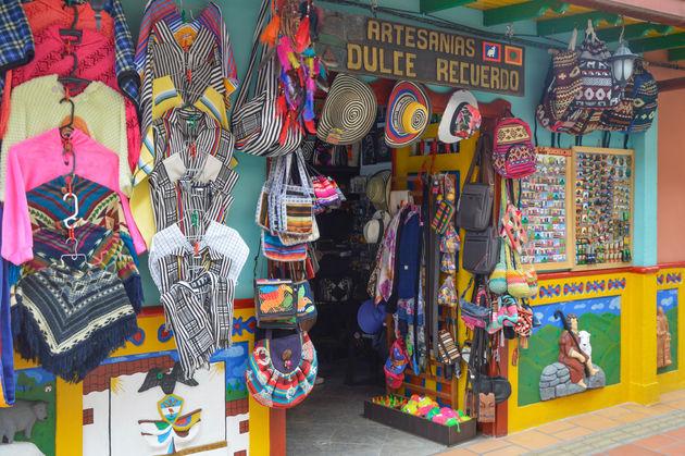 guatape-souvenirs