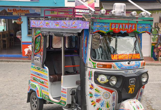 guatape-tuktuk