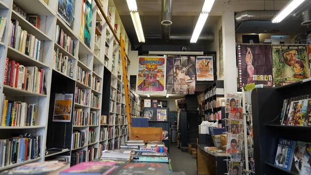 Hollywood_Boulevard_bookshop