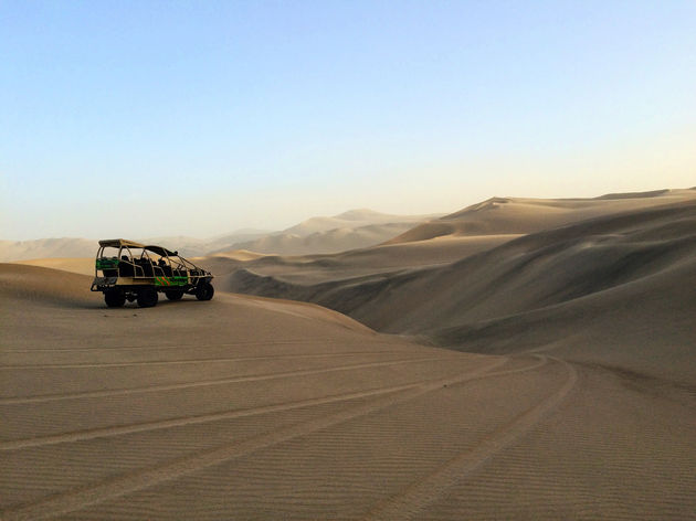 Huacachina-buggy