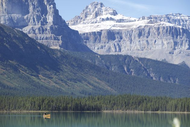 Icefield-Parkway-rocky-mountains