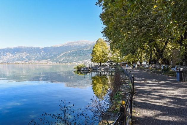 Ioannina-lake-pamvotis