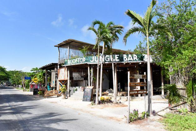 jungle-bar-tulum