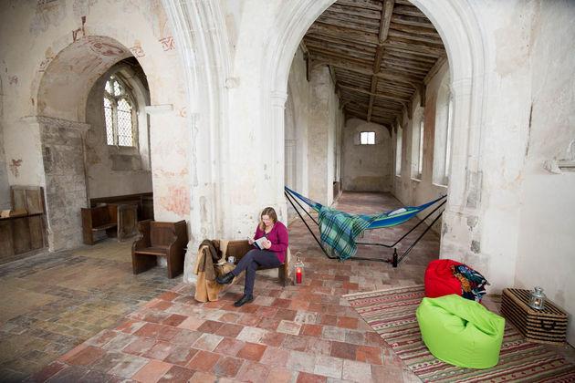 kamperen-kerk-engeland