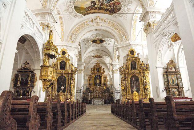 kerk-klooster-disentis