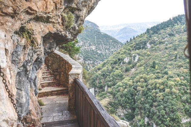 klooster-griekenland-uitzicht