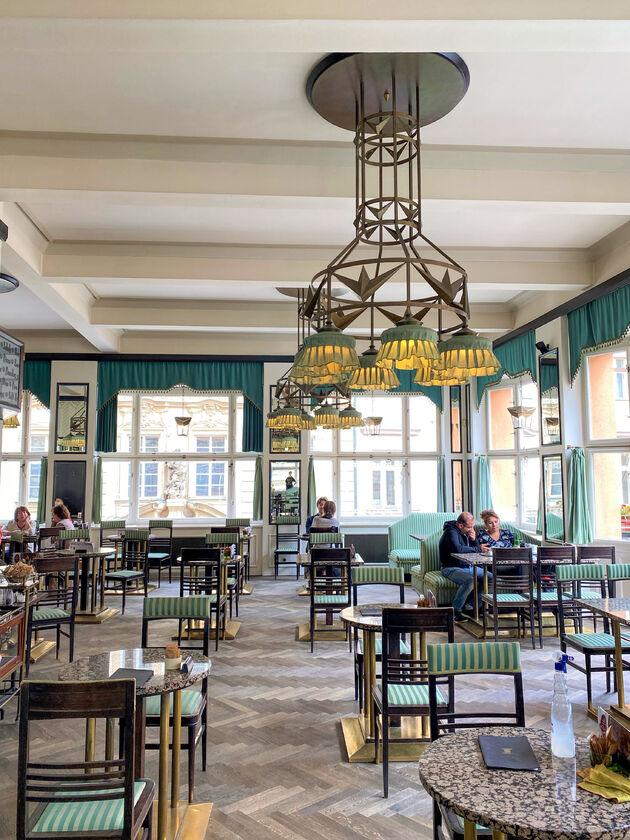 kubus-restaurant-praag