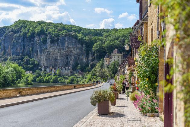 La-Roque-Gageac-bloemen