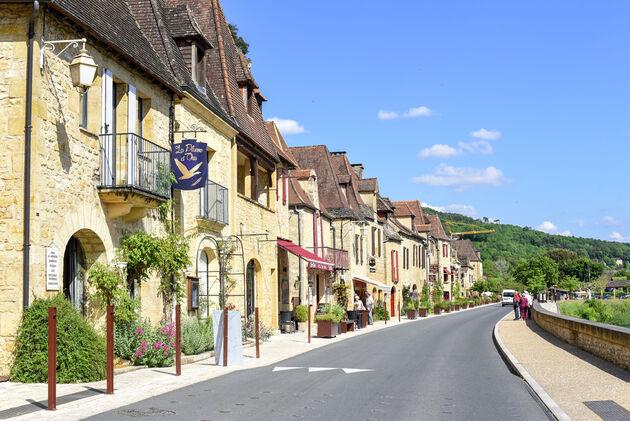 La-Roque-Gageac-winkels