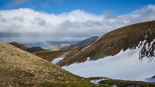 laugavegur-ijsland-regenboog