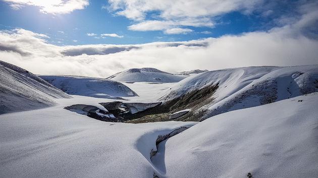 laugavegur-ijsland-sneeuw