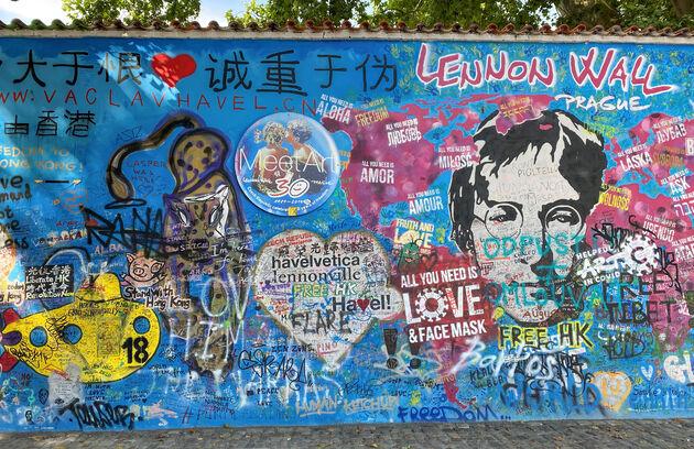 Lennon-wall-praag