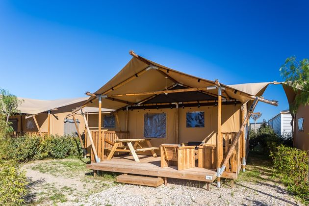 les-dunes-glamping-tent