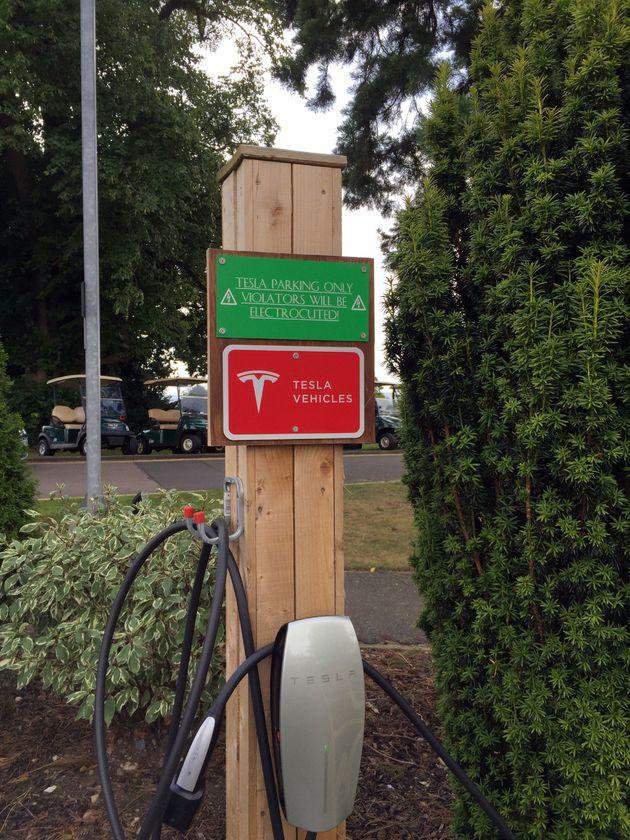 Locatielader Tesla Tewkesbury Park Hotel UK 2017