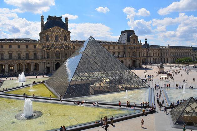 Louvre-parijs