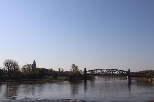 Magdeburg-fietsen-Elbe