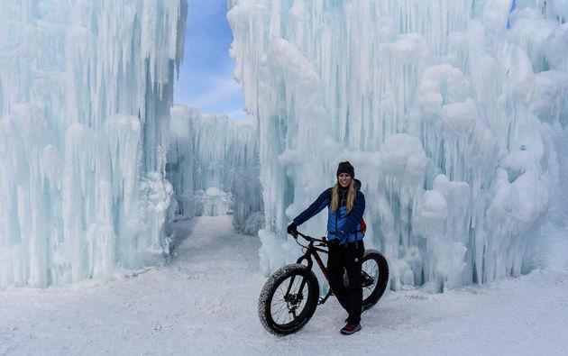 marloes-fatbike-edmonton-ice-castles