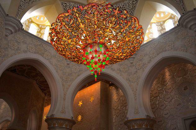 Moskee-abu-dhabi-kroonluchter